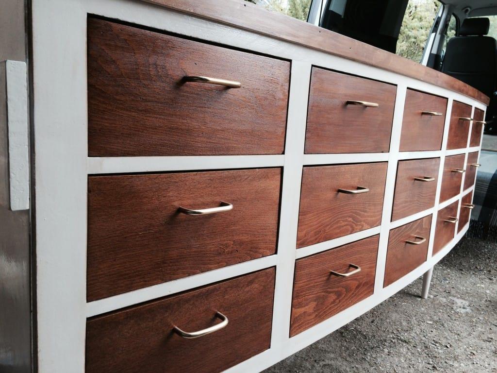 meuble enfilade 15 tiroirs brocante decoration. Black Bedroom Furniture Sets. Home Design Ideas