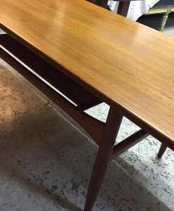 table-basse-scandinave-profil