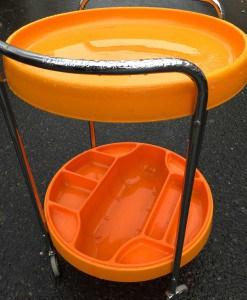 Table-roulante-orange-plateau