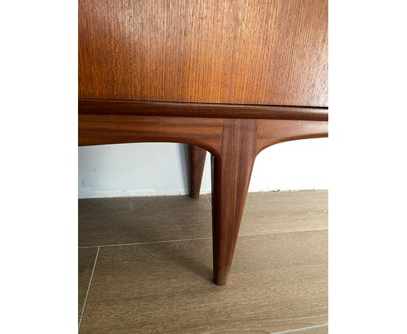 meuble-vintage-annees-60_pietement